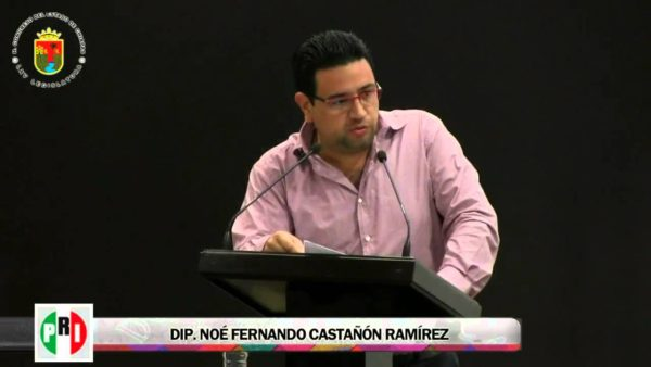 Castañón Ramírez, e una imagen de su paso como diputado local en Chiapas