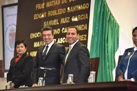 En un Chiapas con alta conflictividad social; que lo mismo ve despedazarse a la clase política por una gubernatura, también verá al final de la temporada electoral a nivel comunitario; como sus líderes locales se desgarran entre ellos por las alcaldías y las diputaciones.