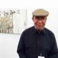 Ibrahim El-Salahi, uno de los artistas expuestos en el MoMA. Foto:  Beth De Woody, 2015.