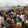 Comunidad desplazada de Petén, Guatemala se encuentra varada en la línea fronteriza en Candelaria, Campeche