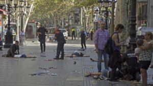 Ahora ha sido Barcelona la atacada por esa nueva forma de violencia contra civiles desarmados, como había ocurrido en otras ciudades del mundo, que es el atropellamiento de personas inocentes.