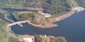 Habitantes de Mezcalapa exigen a CFE tarifas justas de consumo de energía