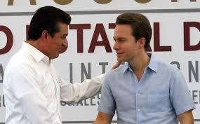 El gobernador Rutilio Escandón Cadenas ha tomado distancia de su predecesor, y es posible, que ese distanciamiento se convierta pronto en un enfrentamiento abierto, con consecuencias para varios exfuncionarios.