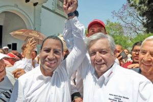 Eduardo Ramírez Aguilar se convirtió ayer en presidente de la mesa directiva del Senado de la República. Algunos esperaban que saliera raspado por los videos de Pío López Obrador y que no lograra ese objetivo.