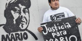 Periodistas protestan con sala de redacción frente Palacio de Gobierno, exigen detención de autores intelecturales del asesinato de Mario Gómez - FOTO - APECOCH (40)