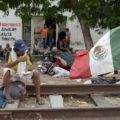 """""""La caravana, ahora es mexicana"""". Foto: Tragameluz"""
