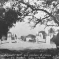 © Antiguo puente Madariaga. Desde el centro, rumbo al Parque Madero. c1940.