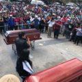 Momento del mitin político con los dos líderes campesinos del MOCRI-CNPA-MN.
