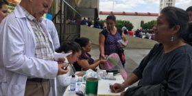 91 médicos son despedidos injustificadamente y protestan con consultas gratuitas (2)