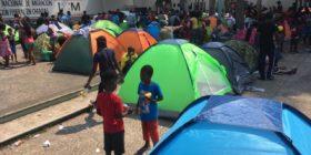 Migrantes protestan en Tapachula; INAMI inicia regularización en Mapastepec y empresarios rechazan su ingreso