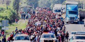 Caravana migrantes500 migrantes ingresa a México y va rumbo a Estados Unidos . Por Darinel Zacarías
