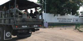 Militares que conforman la Guardia Nacional vigilarán estación migratoria. Foto: Benjamín Alfaro