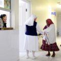 En las manos de cuatro monjas, la atención médica de 13 comunidades indígenas de Bocoyna, Chihuahua