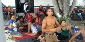 500 migrantes denuncian hacinamiento en instalaciones del INAMI en Tuxtla Gutiérrez