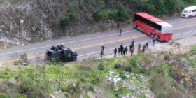 Policías desalojan a campesinos de Ixtapa que reclamaban apoyos para el campo