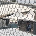 Bajo carpas, gobierno de México improvisa campamento para migrantes en Ciudad Juárez