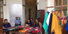 Desplazadas del Ejido Puebla ofrecerán sus artesanías en el Museo de la Ciudad y online