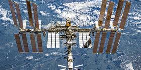 Estación Espacial Internacional con el planeta Tierra en el fondo. Crédito: ESA