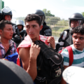 """La deportaciones masivas y operativos de contención no los van a detener, """"la situación en nuestro país es desesperada"""", señalan migrantes. Foto: Bladimir Pérez"""