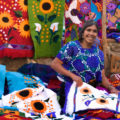 Por mucho tiempo, los textiles han sido parte del sello distintivo de los municipios que integran la región Altos de Chiapas y de otras regiones del país. Cortesía: Visitmexico.