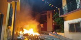 Por rumor en redes sociales, habitantes de Venustiano Carranza realizan destrozos y saqueos en el pico de la pandemia