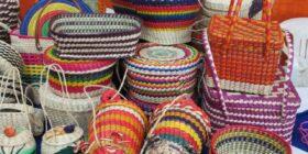 Se pueden hacer piezas de todos tamaños y colores. Cortesía: Wikipedia.