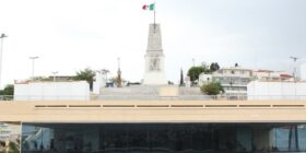 El Monumento a la Bandera representa la Federación de Chiapas a México en 1824. Cortesía: Turismo Chiapas.