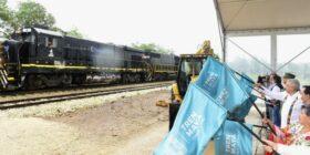 Andrés Manuel López Obrador dio el segundo banderazo de inicio de la construcción del Tren Maya, correspondiente al tramo 3 de Calkiní-Izamal. Cortesía: Tren Maya.