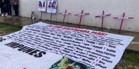 """""""A todas nos tienen miedo""""; Toman la Comisión Estatal de los Derechos Humanos en San Cristóbal de las Casas. Foto: Red de Familias Victimas de Feminicidio."""