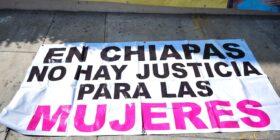 Familias víctimas de feminicidio y de sustracción de menores exigen que la Fiscalía no le de vuelta a la página a sus denuncias. Foto: Adriana Santos.