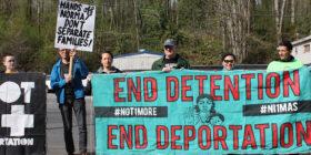 En huelga de hambre, migrantes detenidos en Tacoma, Washington