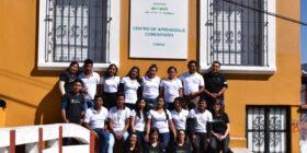 Jóvenes interpretan el proceso de vacunación para sus comunidades tsotsiles y tseltales. Foto: WIPI