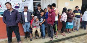 22 familias de El Canelar, antes de ser llevadas a un albergue en ruinas. Foto: Isaín Mandujano