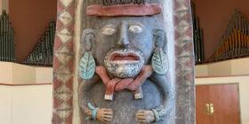 Urna maya elaborada entre 900 - 1600 d.C. Cortesía: Secretaría de Relaciones Exteriores