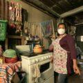 Yolanda Flores, en su casa de habitación. / Foto: Willie de León para Agencia Ocote.