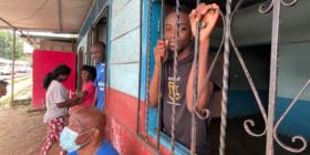 En la ciudad de Tapachula, miles de migrantes viven en condiciones precarias. Foto: Ángeles Mariscal