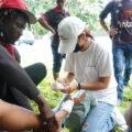Un equipo de emergencia de MSF proporciona asistencia médica, psicológica y trabajo social. Foto: Yesika Ocampo / MSF